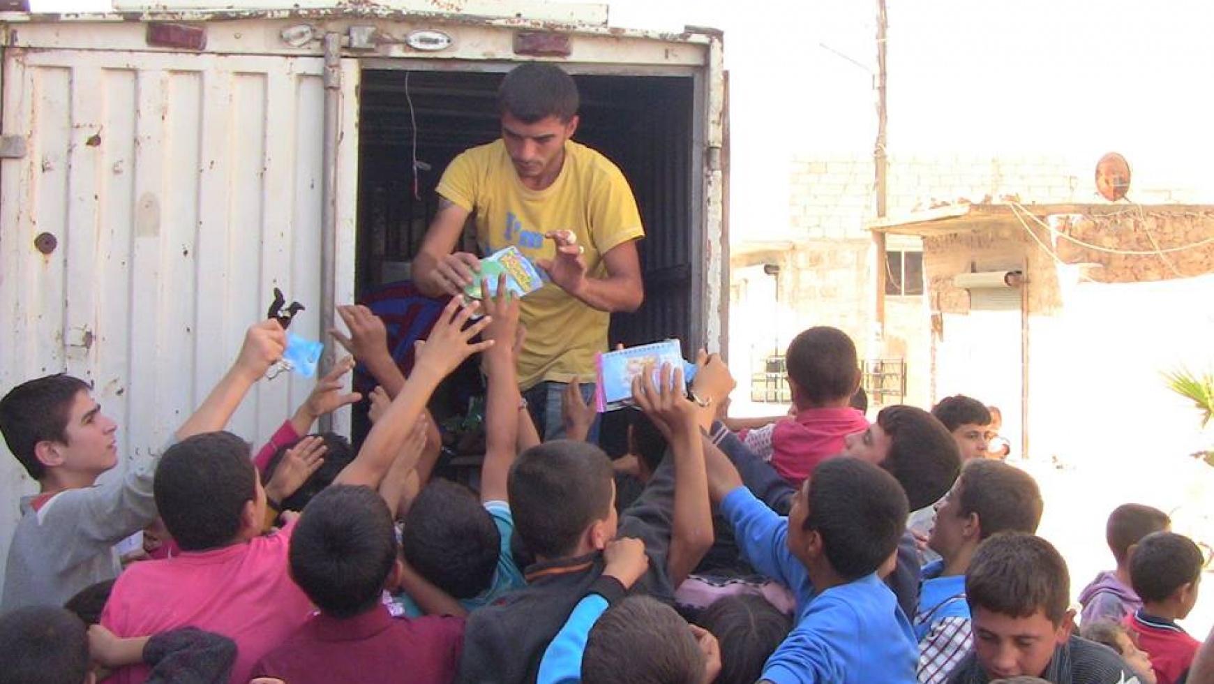 Spielsachen für die Kinder in Syrien