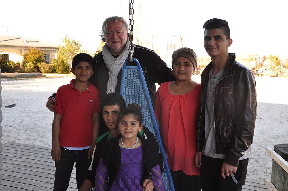 kids to life beherbergt Flüchtlingsfamilie aus dem Irak