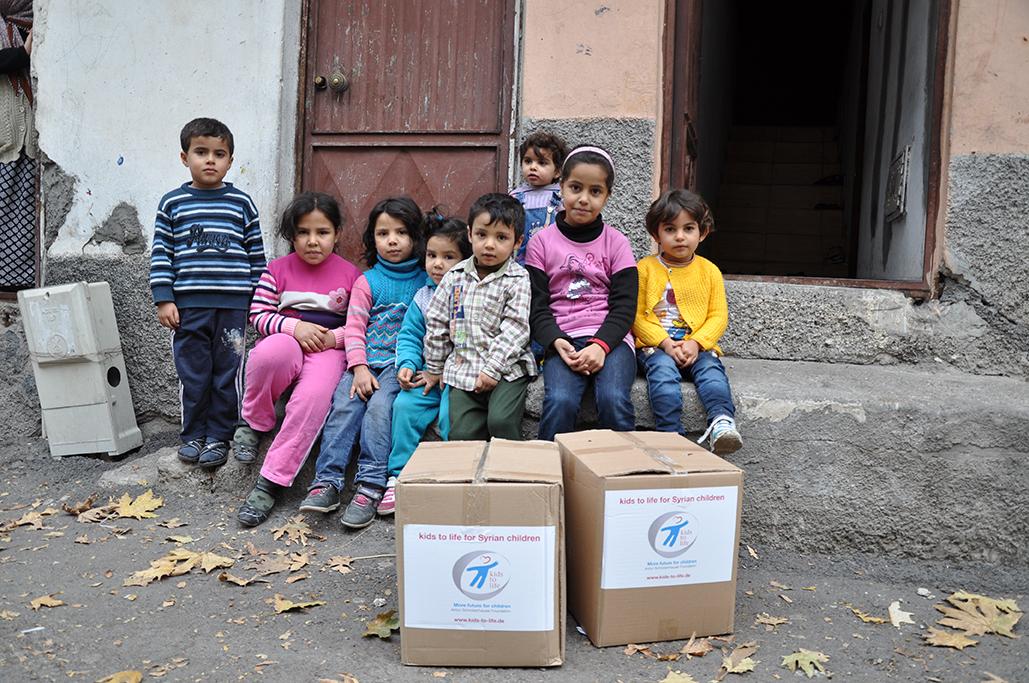 Versorgung von syrischen Halbwaisen und ihren Müttern