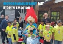Motorradausfahrt mit kids in emotion