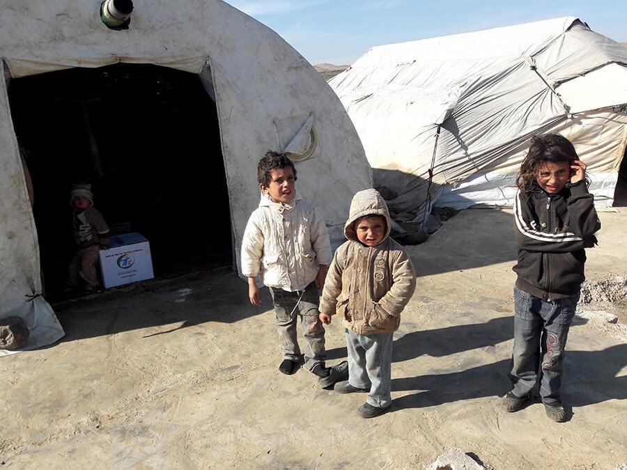 1.500 Überlebenspakete an notleidende Kinder in Syrien verteilt