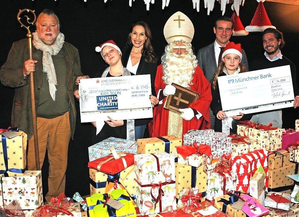 Prominentes Aufgebot bei der Weihnachtsfeier