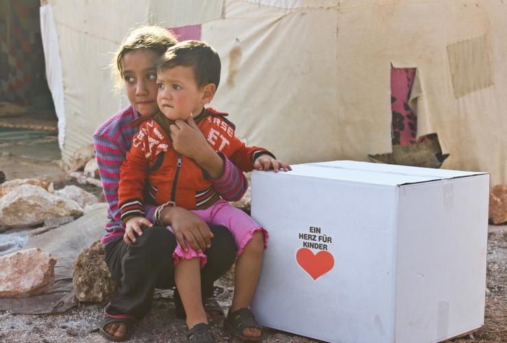 """Danke an BILD hilft e. V. """"Ein Herz für Kinder"""" – 4.000 Hilfspakete kommen an"""