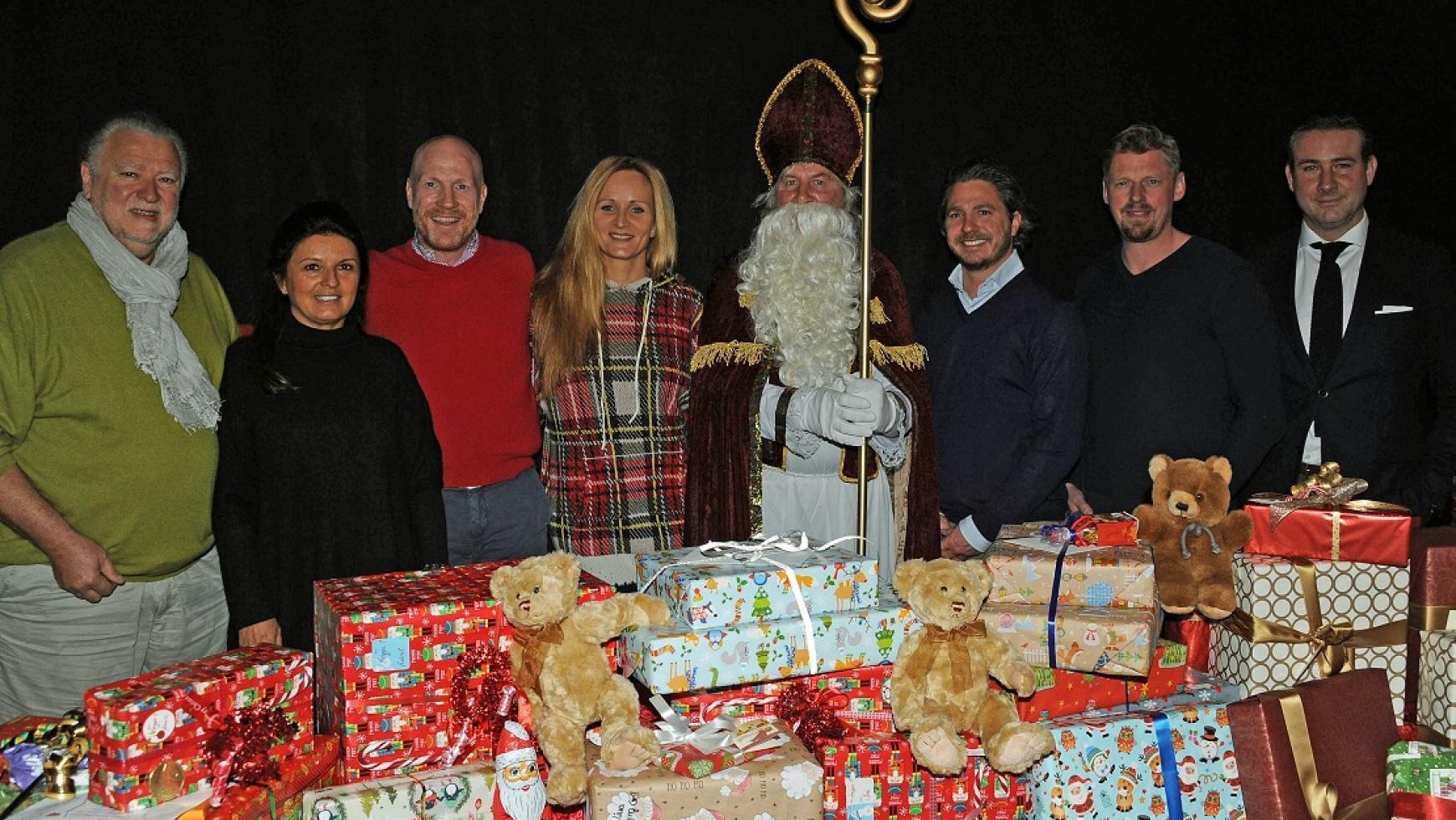 Weihnachtsgeschenke für Münchner Heimkinder