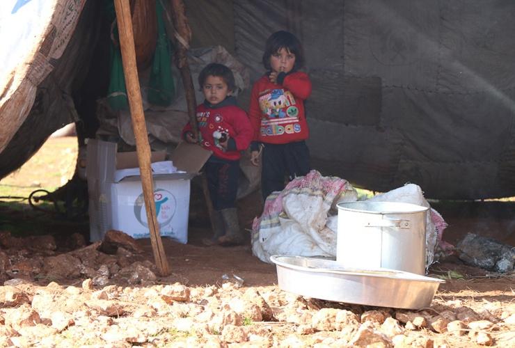 Überlebenshilfe für tausende Kinder in Idlib / Syrien